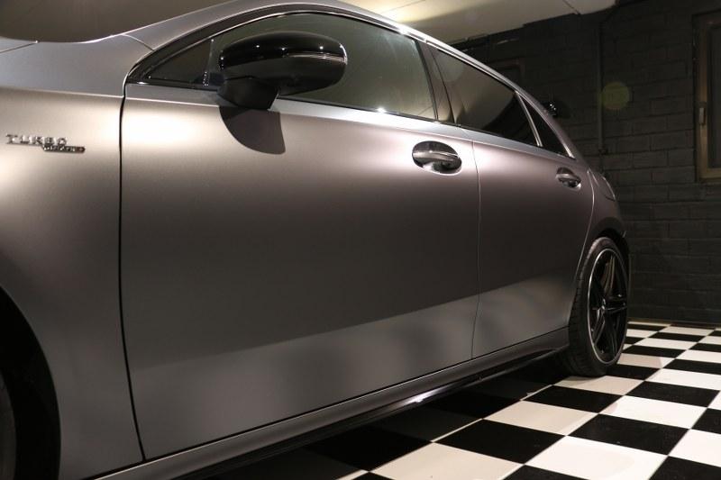Mercedes A45 S AMG con Gyeon Q2 Matte Img_0614