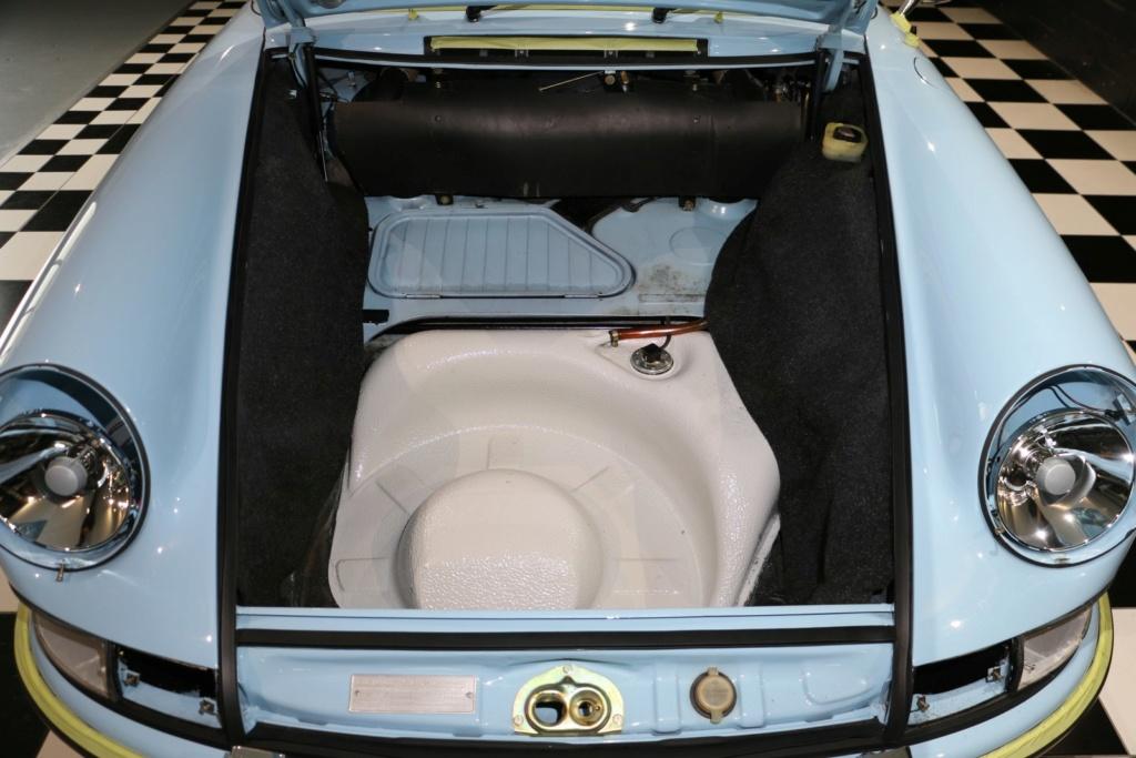 Porsche 911E Gulf Blau - Classe 1972 Img_3214