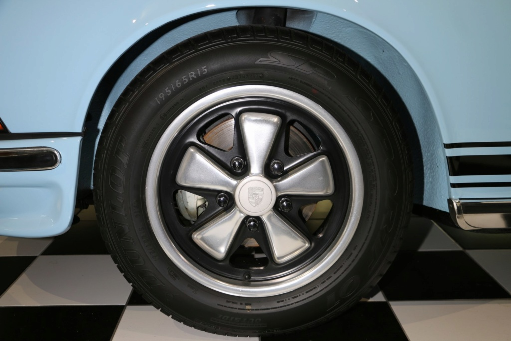 Porsche 911E Gulf Blau - Classe 1972 Img_3631
