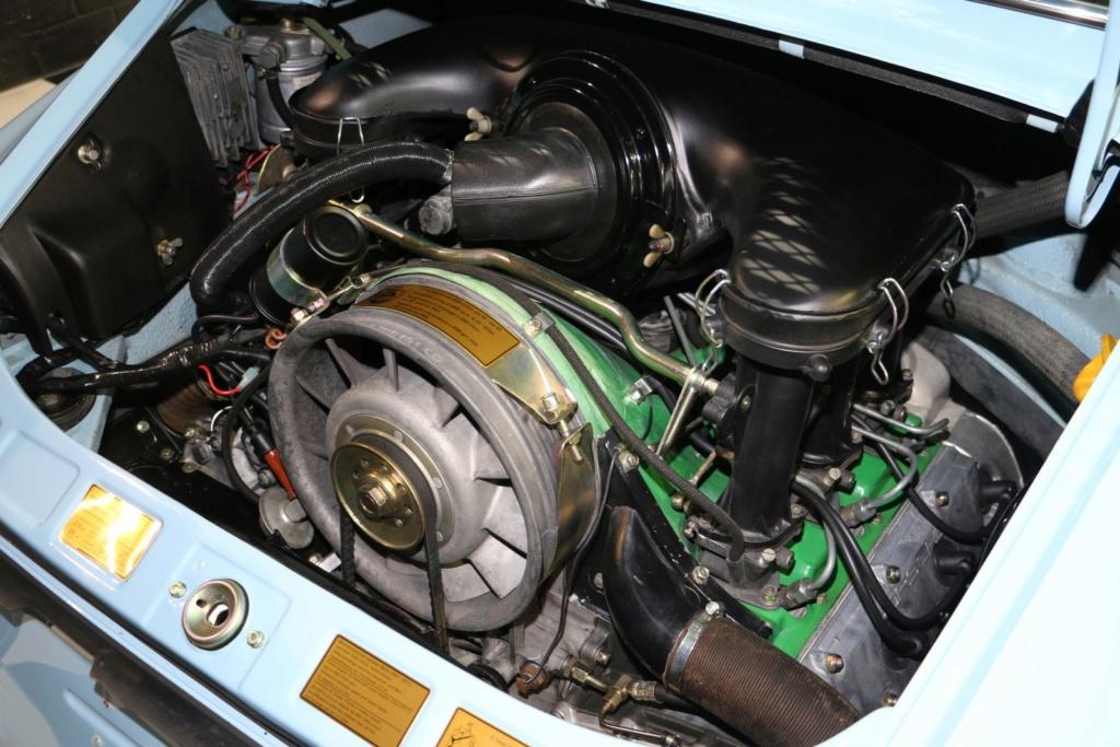 Porsche 911E Gulf Blau - Classe 1972 Img_3641