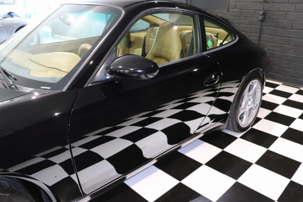 Porsche 996 nero pastello... con soli 256'000km  Img_4832