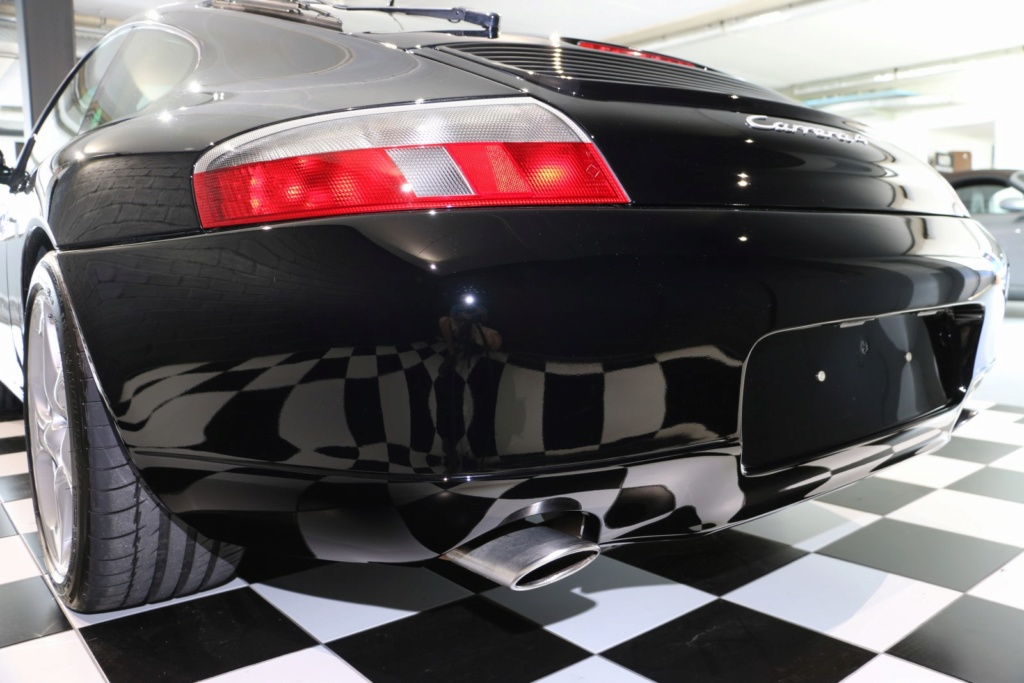 Porsche 996 nero pastello... con soli 256'000km  Img_4837