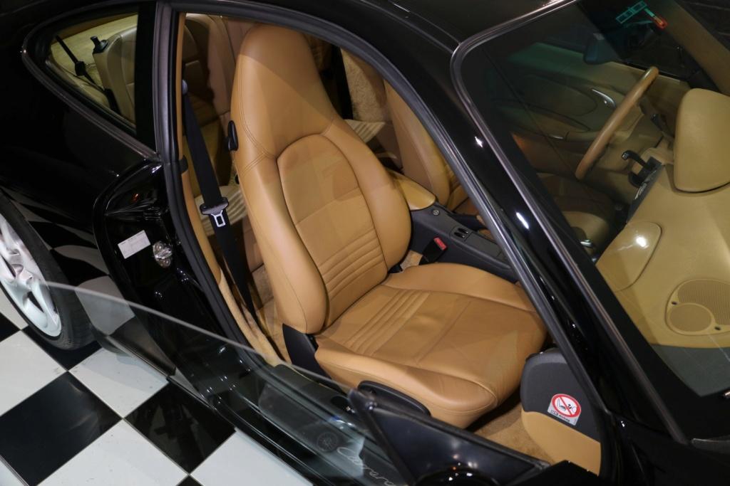 Porsche 996 nero pastello... con soli 256'000km  Img_4918