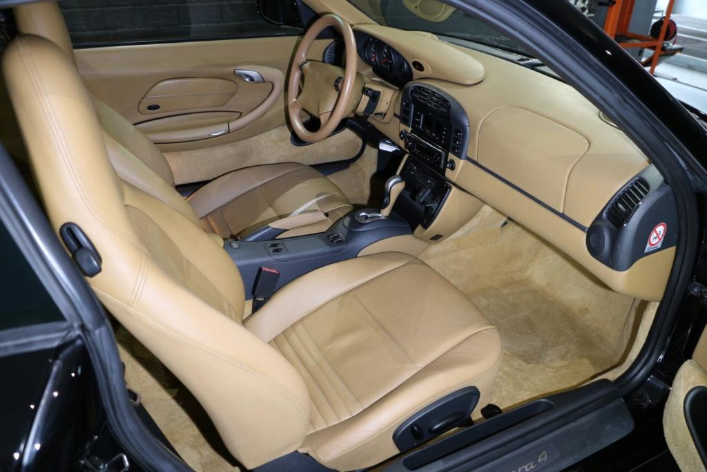 Porsche 996 nero pastello... con soli 256'000km  Img_4919