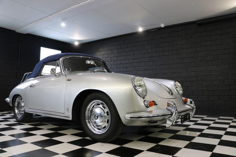 Restauro completo pellame Porsche 356 Img_7820