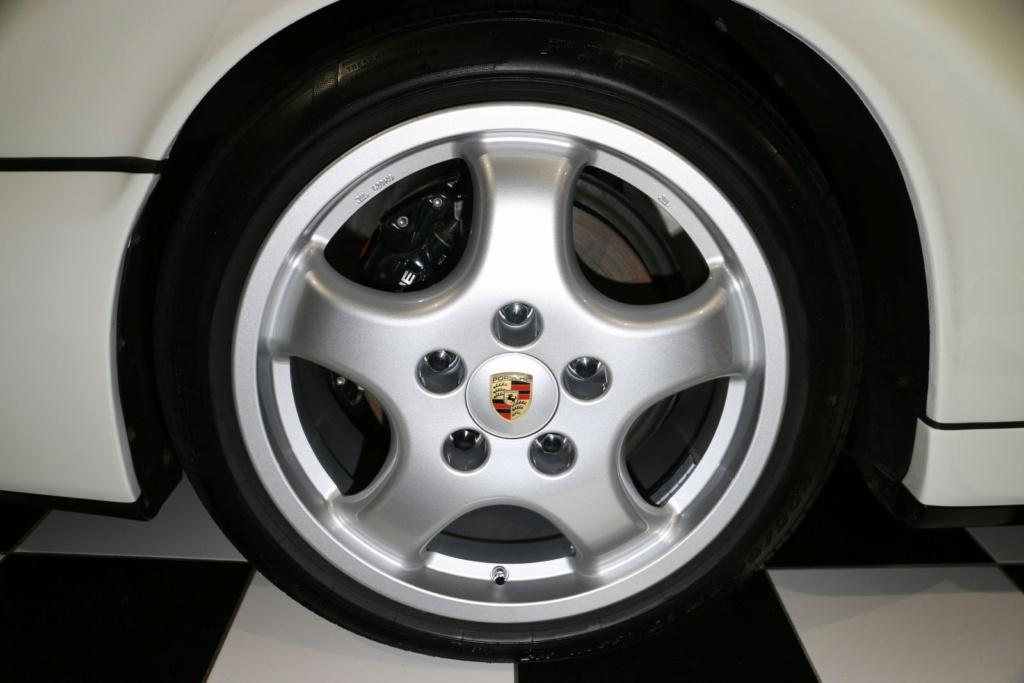 964 Carrera 4 bianco pastello Img_9821