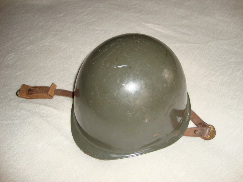 Hungarian m65 helmet (originally posted by bond007a1) Dsc08517