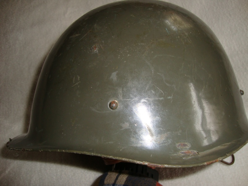 Hungarian m65 helmet (originally posted by bond007a1) Dsc08518