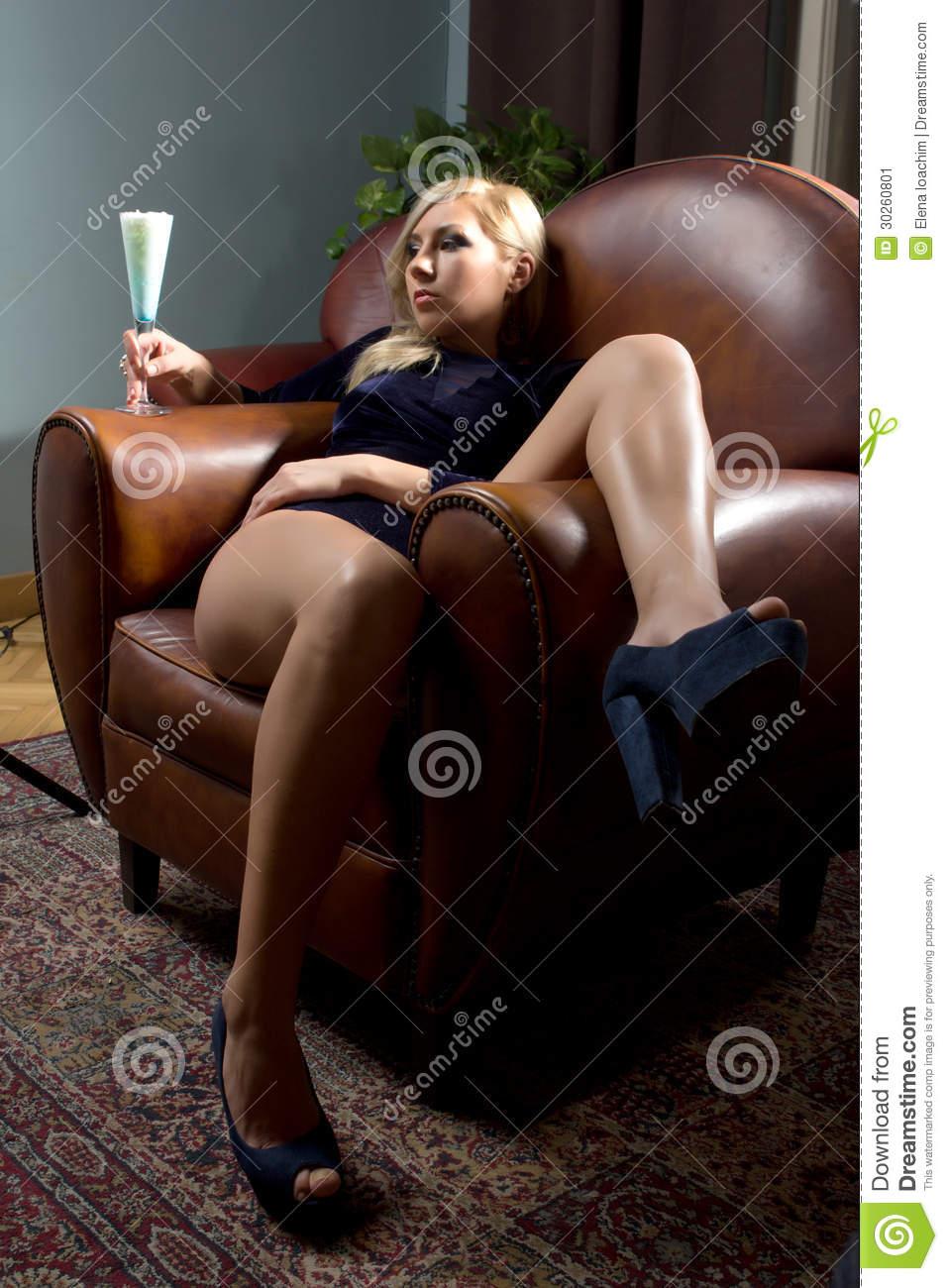 quel fauteuil de salon ergonomique ? Femme-10