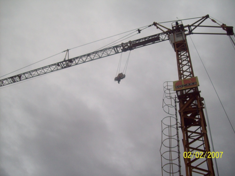 GMR : Grues a montage rapide - Page 5 100_2822