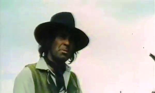 colt - [ Second rôle et cascadeur] Dennis Colt ou Benito Pacifico Vlcsna55