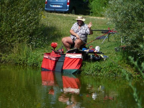 Concours individuel le 18 août sur le plan d'eau de chuzelles  P1120111