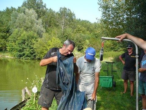 Concours individuel le 18 août sur le plan d'eau de chuzelles  P1120126