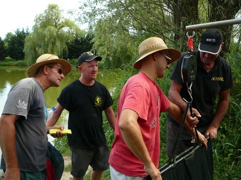 Concours individuel le 18 août sur le plan d'eau de chuzelles  P1120130