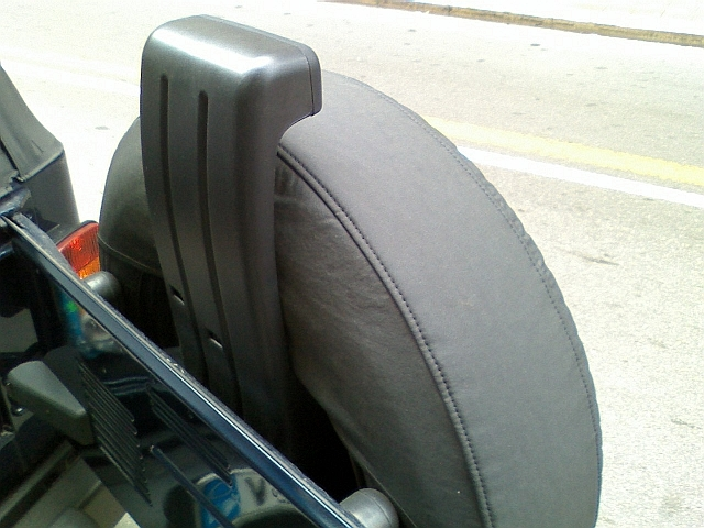 Stop sopra ruota di scorta Dc110213