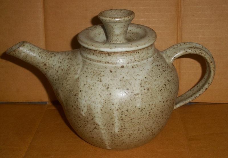Peter Arnold - Alderney Pottery Copy_o45