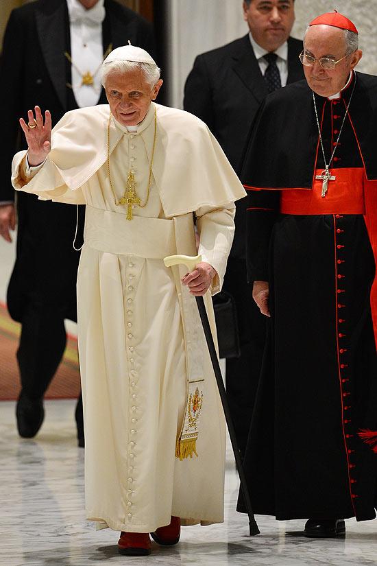 Conheça os verdadeiros motivos da renuncia do Papa 13045211
