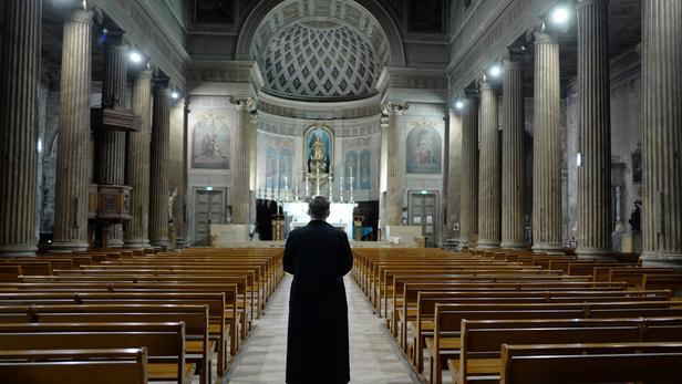 Pâques sans les fidèles ? Eglise10