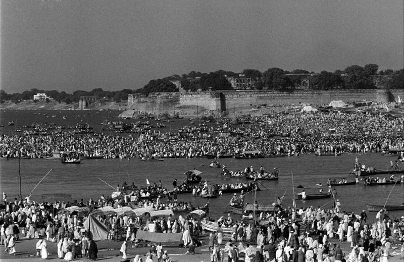 """Kumbh Mela"" (Pitcher Festival) - Page 2 01-11210"
