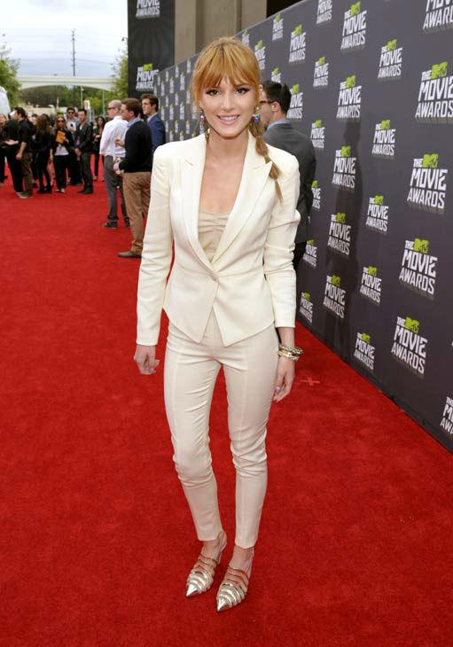 MTV Movie Awards  - Page 4 13041415