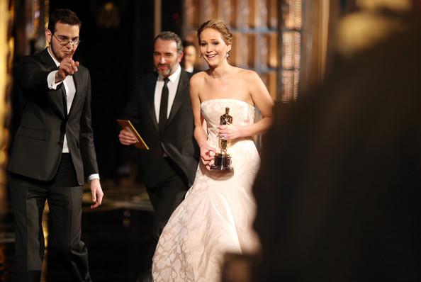 Academy Awards  - Page 14 Jennif18