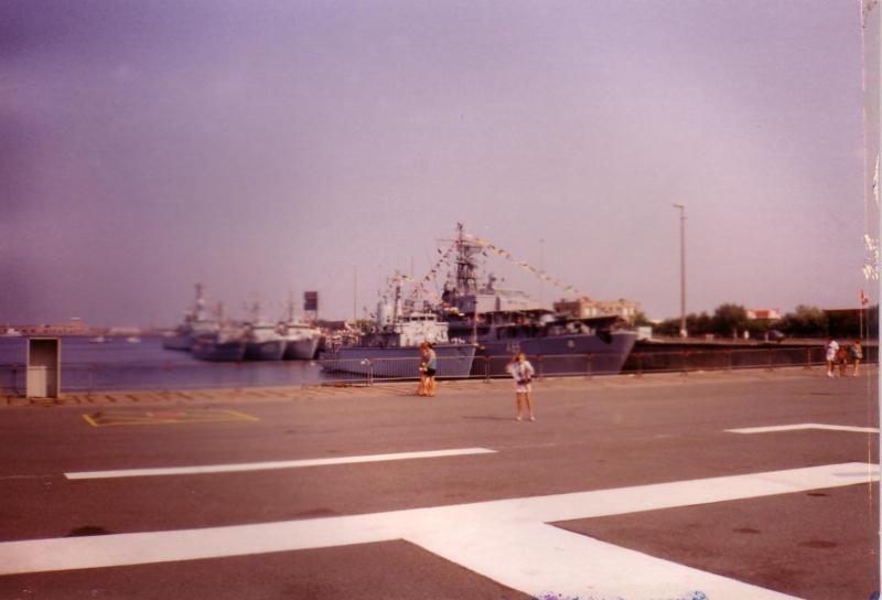 Zeebrugge : Opendeur - Portes Ouvertes - Navy Days - Page 12 Scan1027