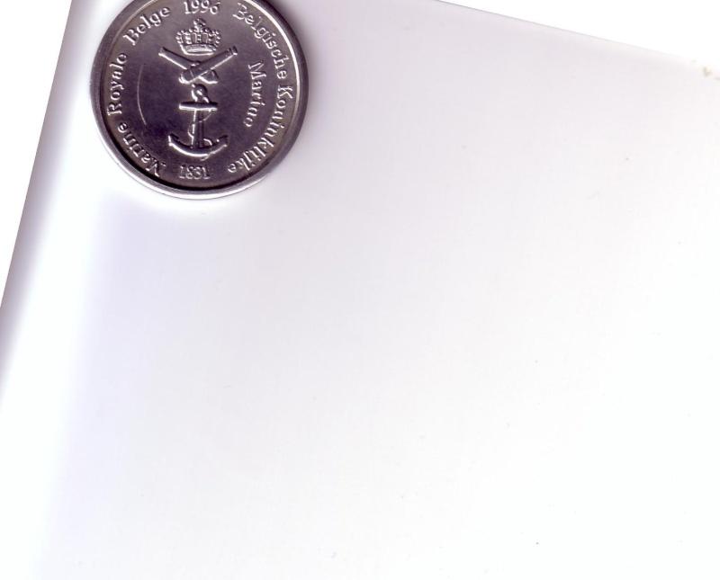 SOUVENIRS,cartes postales, badges, etc...hum hum - Page 2 Scan1068