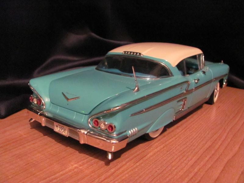 AUTOS-SUGGESTIONS (voitures miniatures de collection, diecast) - Page 2 02210