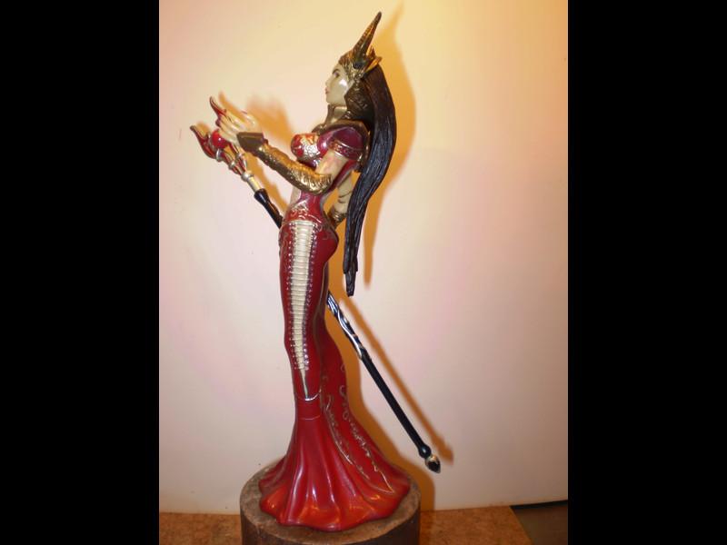Fantasy-Figur P3150017
