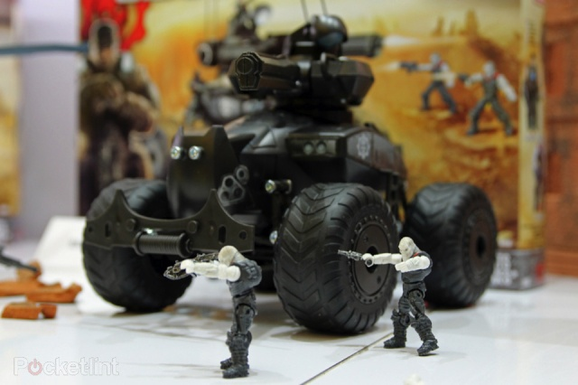 meccano gears of war  Meccan11