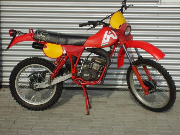 Mes anciennes(motos!) Aprili10