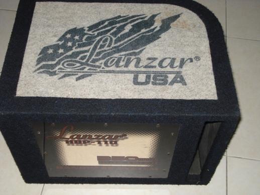 Lanzar USA sub woofer Dsc04011
