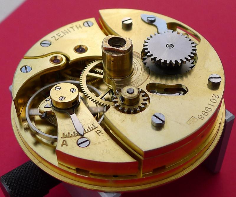 Démontage de la montre militaire Zenith Type B  L1010713