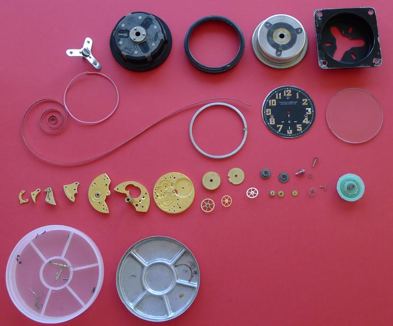 Démontage de la montre militaire Zenith Type B  L1010811