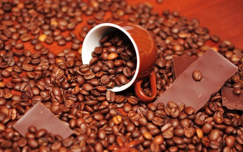 TASSES DE CAFE - Page 37 Avec_c10