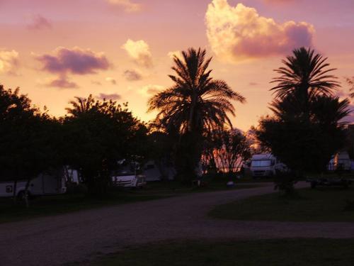 [nos beaux pays : la France, le Maroc et .....  le Monde] Couchers de soleil - Page 4 001_mo12