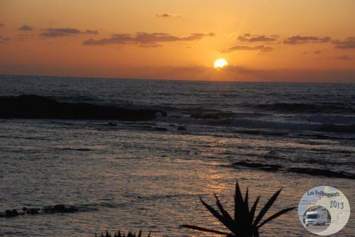 [nos beaux pays : la France, le Maroc et .....  le Monde] Couchers de soleil - Page 4 001_mo13