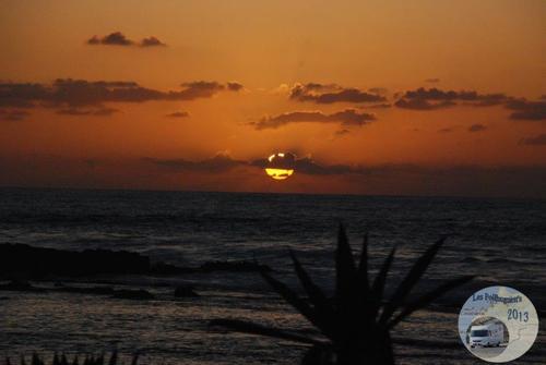 [nos beaux pays : la France, le Maroc et .....  le Monde] Couchers de soleil - Page 4 002_mo10