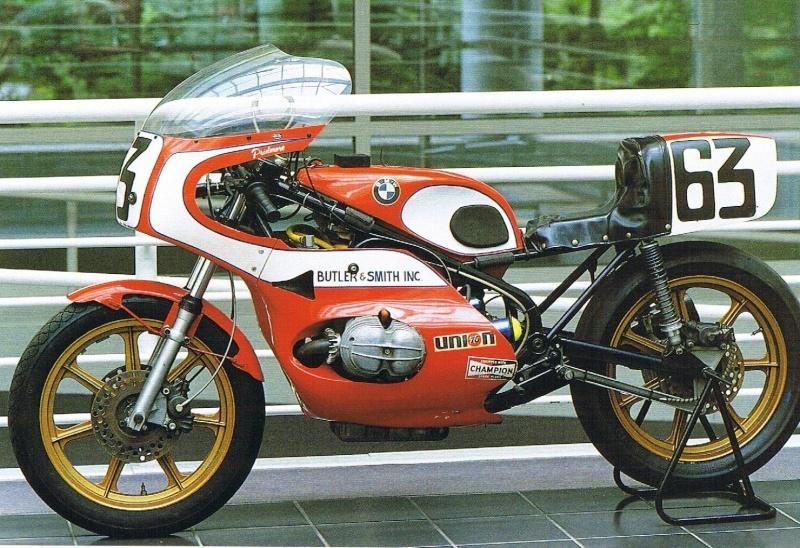 C'est ici qu'on met les bien molles....BMW Café Racer - Page 11 10_o_10