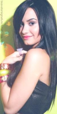 Demi Lovato Sem_ta56