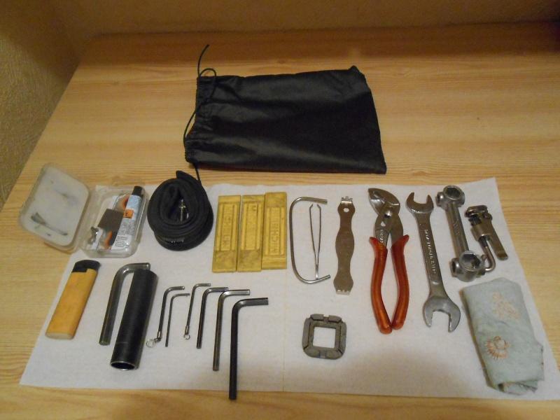 Démonter la chaîne munie d'un maillon à attache rapide : outil 00110