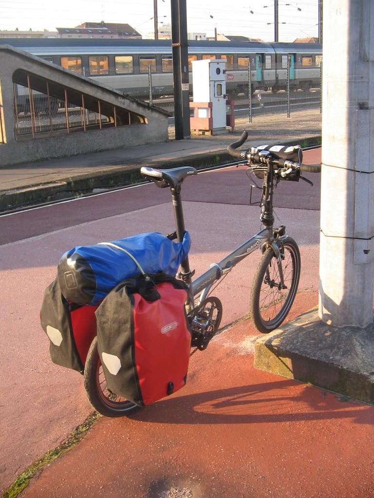 Quel matériel pour le cyclo-camping en Brompton ? - Page 3 Valo-110