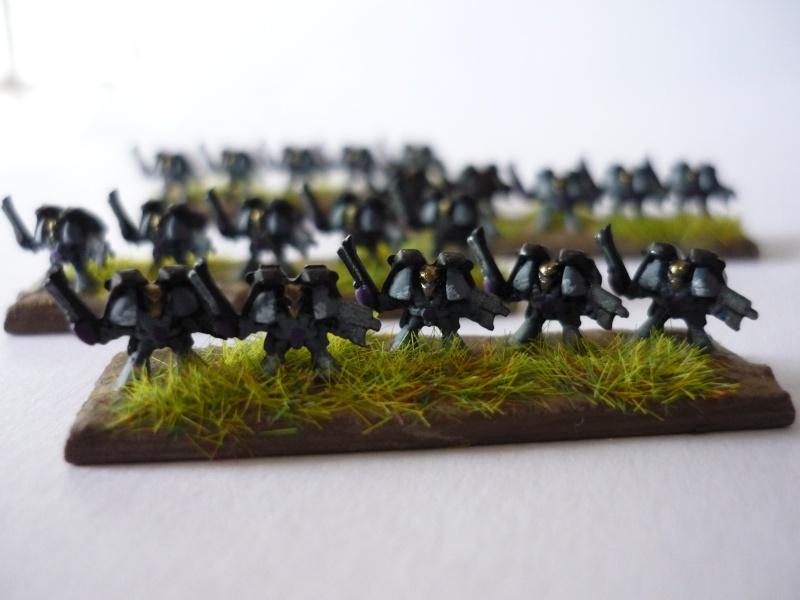 [Galerie] [Black_nico] Quelques photos des figurines en cours de peinture P1020614