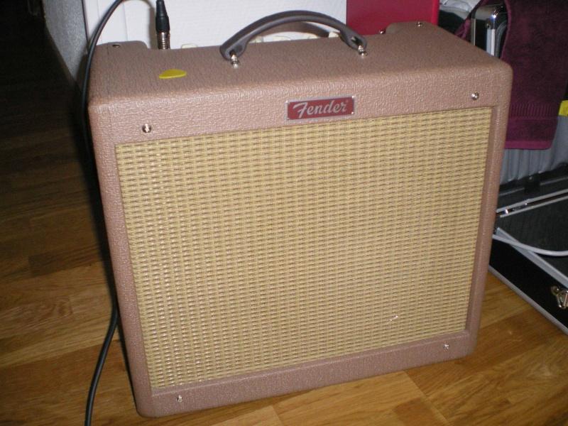 Comparatif Orange rocker 30 vs Fender Blues Junior Bj_bro10