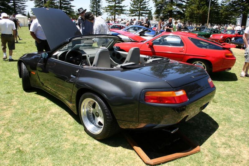 2 * 10 minutes de plaisir ... pour les amateurs de Porsche 928_ca10