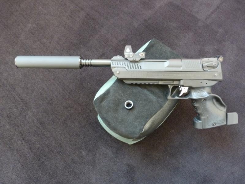 Pistolet 4.5 avec silencieux - Page 2 P1050014