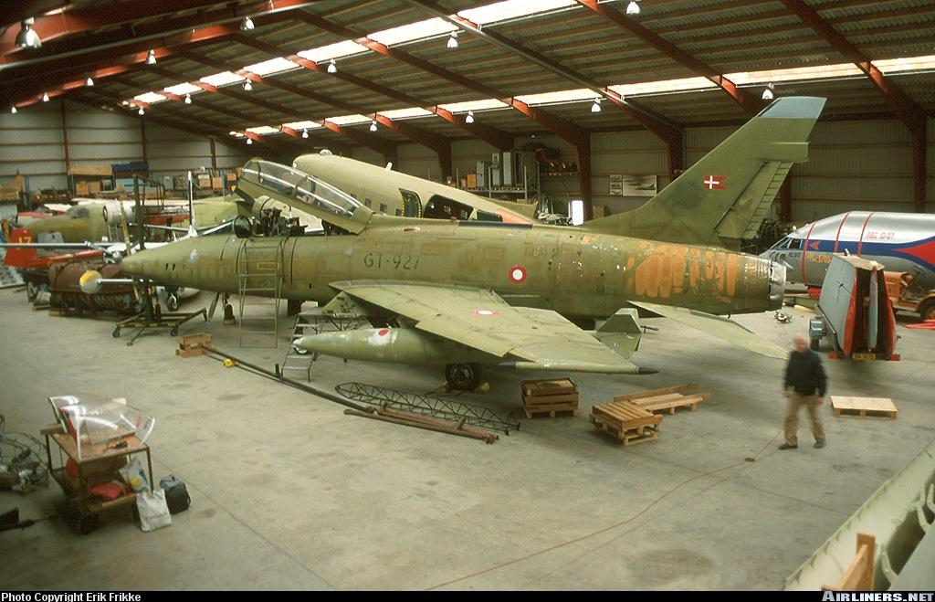 F 100 D Super Sabre  Turquie  ESCI  1/72 02963810
