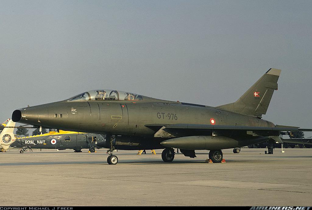 F 100 D Super Sabre  Turquie  ESCI  1/72 11700310