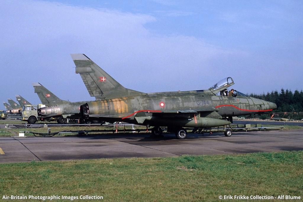 F 100 D Super Sabre  Turquie  ESCI  1/72 15463110