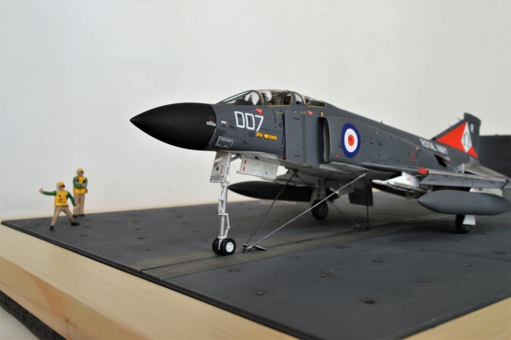 F 4 fg 1 Phantom II  Royal Navy   Airfix 1/72 - Page 2 Dsc_0057